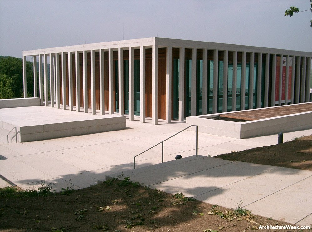 Museum of modern literature someone has built it before for Chipperfield arquitecto