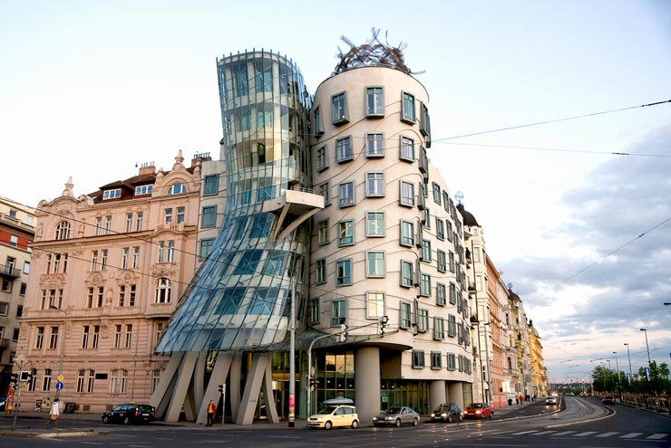 Dancing house someone has built it before for Modern hotel prague