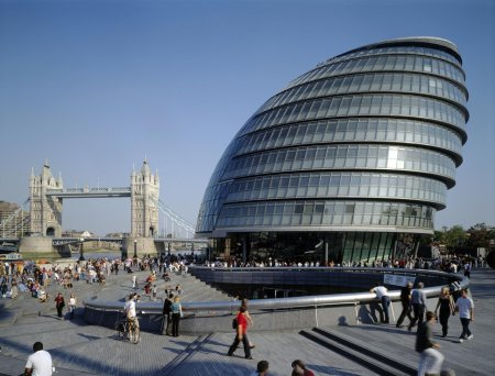 Norman Foster and Ken Shuttle worth architects London City Hal 2002