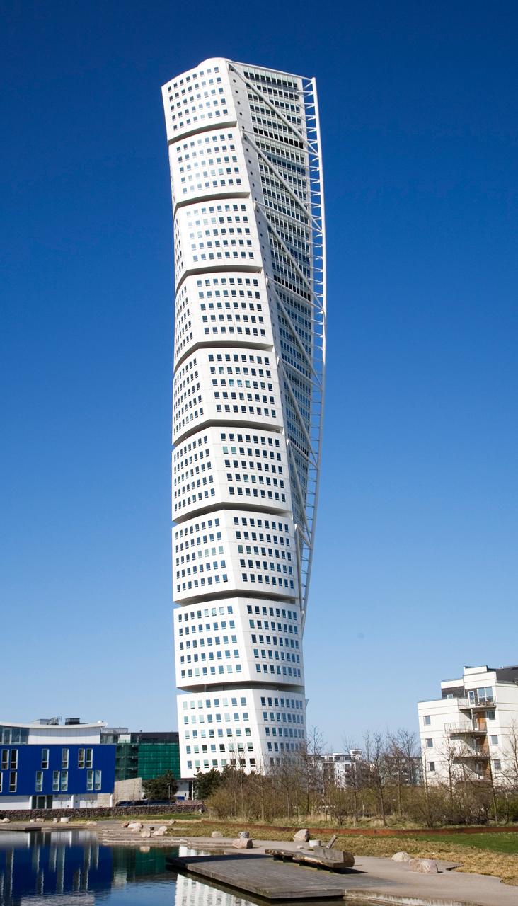 Santiago Calatrava HSB Turning Torso in Malmo Sweden (2)